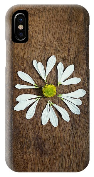 Daisy Petals On Wooden Background  IPhone Case