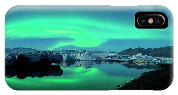 Black Sand iPhone Case - Dancing Auroras Jokulsarlon Iceland by Brad Scott
