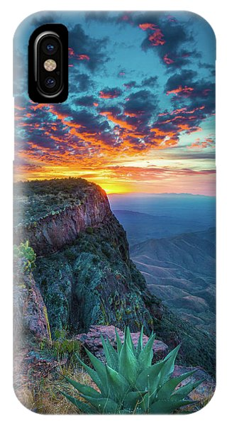 Dawn In The Chisos IPhone Case