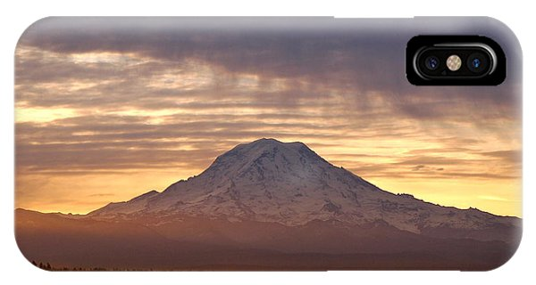 Dawn Mist About Mount Rainier IPhone Case
