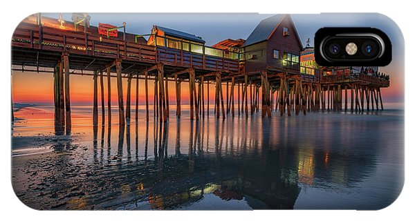 Orchard Beach iPhone Case - Dawn On Old Orchard Beach by Rick Berk