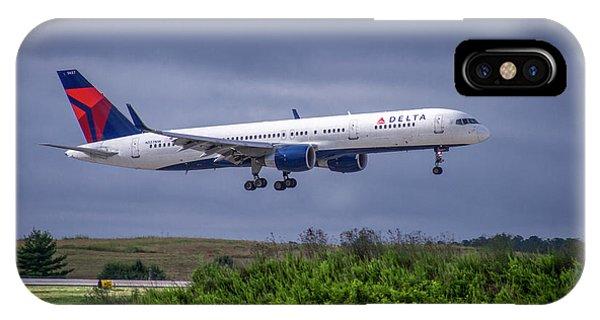 Alitalia iPhone Case - Delta Air Lines 757 Airplane N557nw Art by Reid Callaway