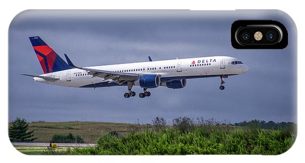 Delta Air Lines 757 Airplane N557nw Art IPhone Case