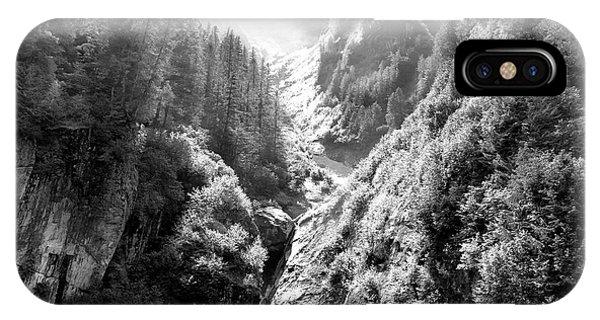 Dick Goodman iPhone Case - Denali National Park 2 by Dick Goodman