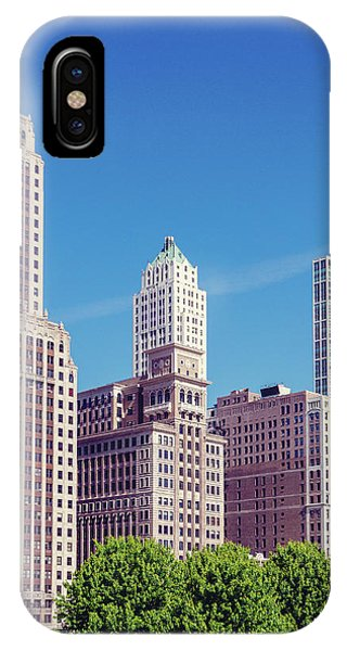 IPhone Case featuring the photograph Downtown Chicago by Melanie Alexandra Price