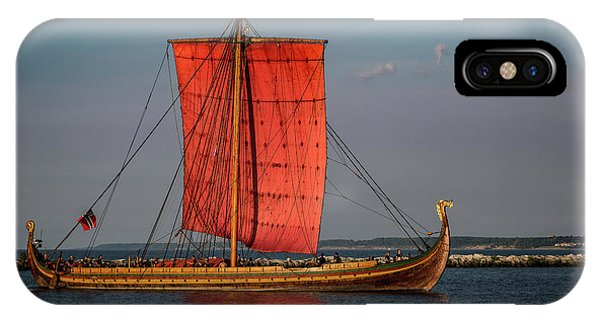 Draken Harald Harfagre IPhone Case