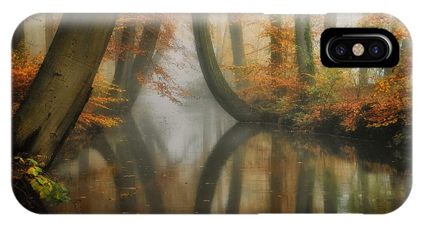 Martin iPhone Case - Dreaming by Martin Podt