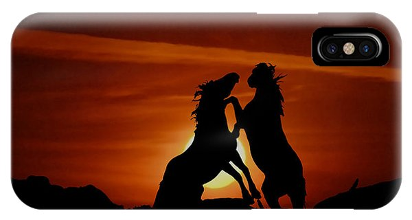 Duel At Sundown IPhone Case