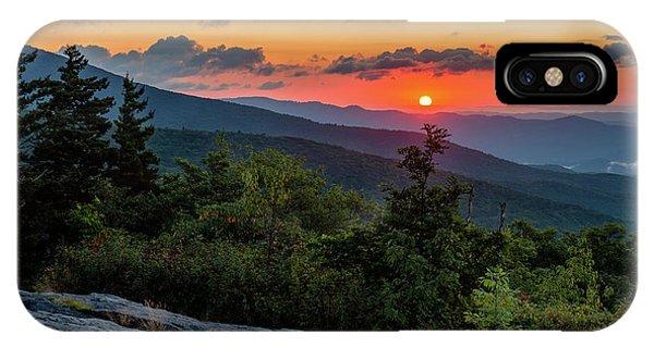 Blue Ridge Parkway Sunrise - Beacon Heights - North Carolina IPhone Case