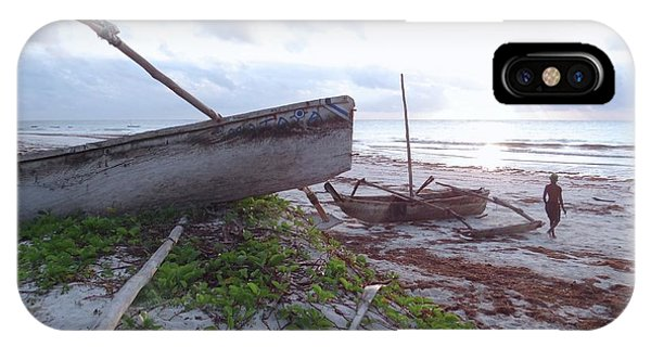 Exploramum iPhone Case - early morning African fisherman and wooden dhows by Exploramum Exploramum