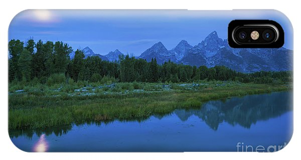 IPhone Case featuring the photograph Early Morning Along The Snake River by Sharon Seaward