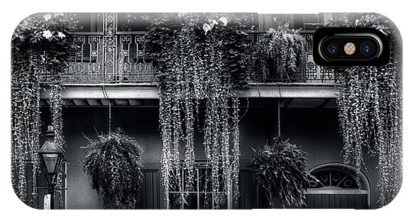 Early Morning In New Orleans In Black And White IPhone Case