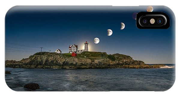 Amazing iPhone Case - Eclipsing The Nubble by Scott Thorp