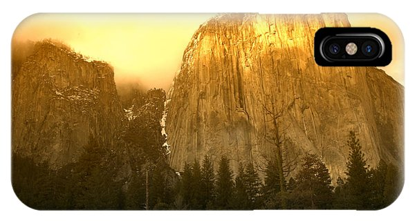 Sunset iPhone Case - El Capitan Yosemite Valley by Garry Gay