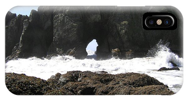 Elephant Rock 2 IPhone Case