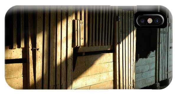 iPhone Case - Ellwood Barn 1 by Althea Sumpter