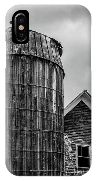 Silos iPhone Case - Ely Vermont Old Wooden Silo And Barn Black And White by Edward Fielding
