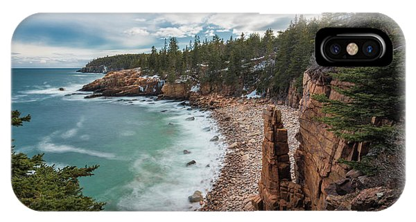 Emerald Shores At Monument Cove IPhone Case