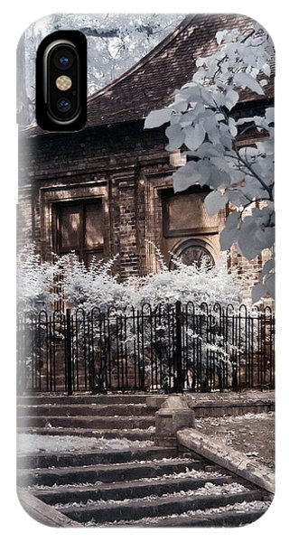 English Garden House IPhone Case