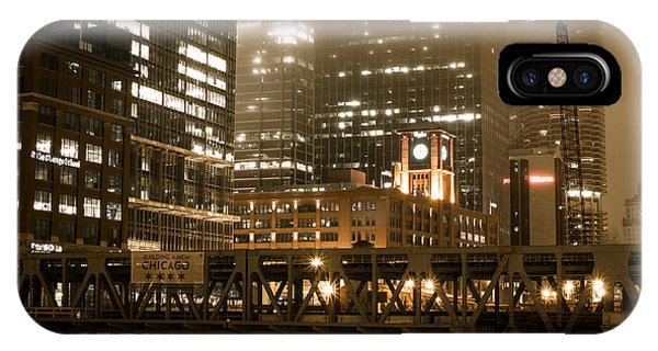 Evening In The Windy City IPhone Case