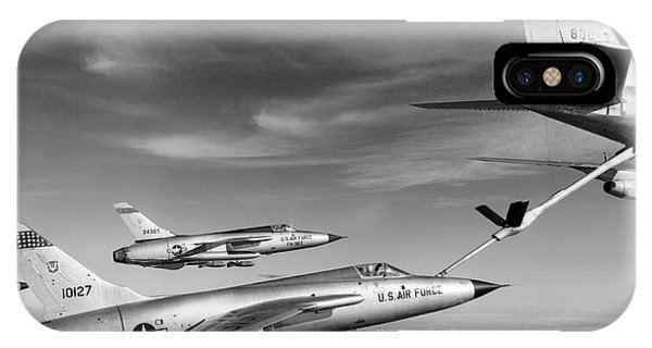 F-105s Refueling In The Air IPhone Case