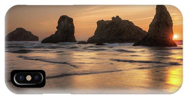 Face Rock Sunset IPhone Case