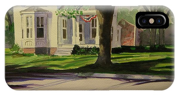Farm House In The City Phone Case by Walt Maes