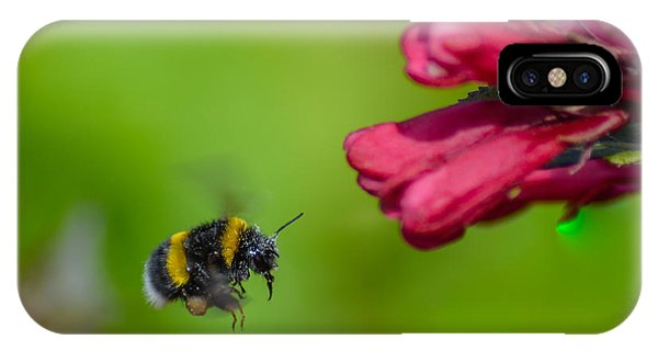 Flying Bumblebee IPhone Case