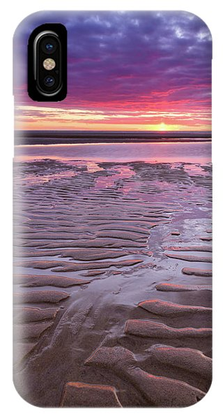 Folds In The Sand - Vertical IPhone Case
