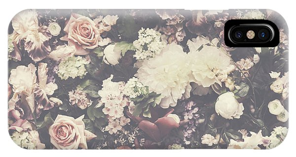 Fresh Flower Pattern Background IPhone Case