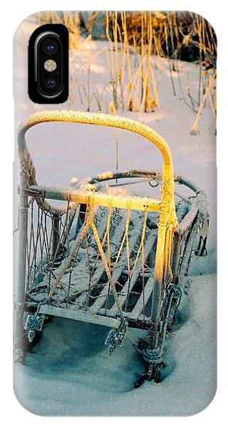 Sonne iPhone Case - Frozen Dogsled by Juergen Weiss