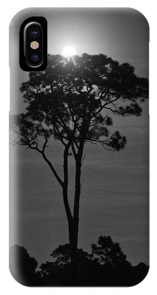 Full Moon Pearl  On Old Longleaf Pine Setting IPhone Case