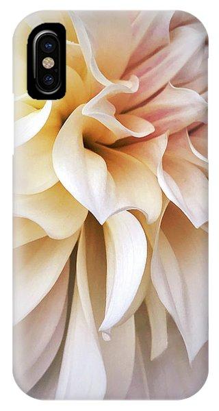 Garden Queen 1 IPhone Case