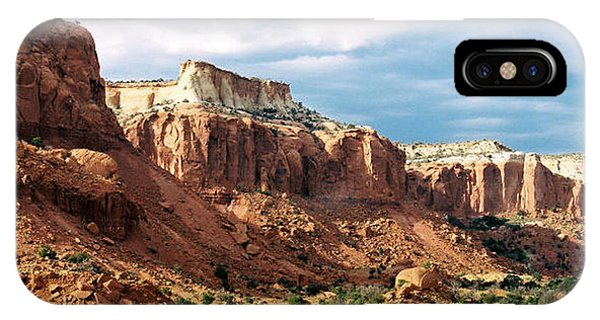 Ghost Ranch Hills Phone Case by Diana Davenport