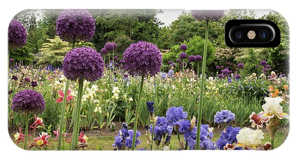 Giant Allium Guards IPhone Case