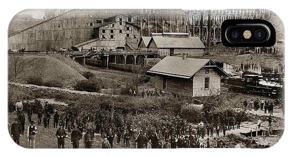 Glen Lyon Pa Susquehanna Coal Co Breaker Late 1800s IPhone Case