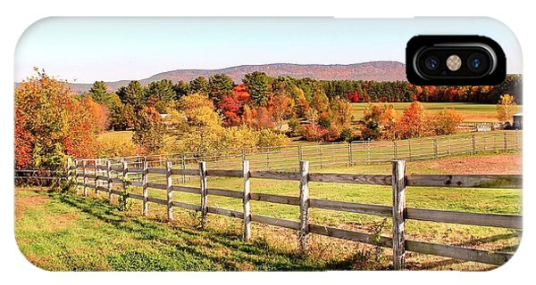 IPhone Case featuring the photograph Glendale Road View In The Fall by Sven Kielhorn