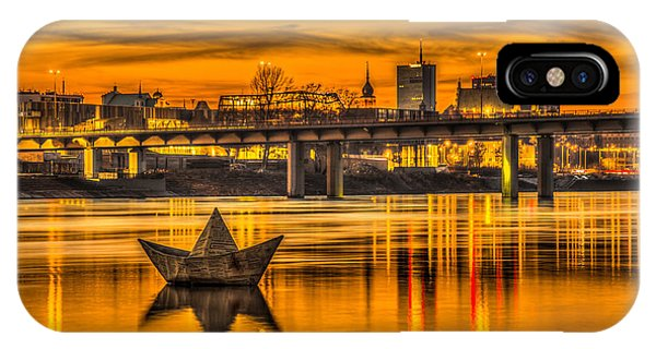 Golden Vistula IPhone Case