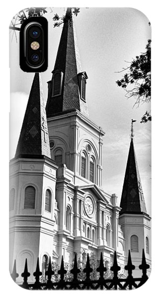 Grayscale St. Louis Cathedral IPhone Case