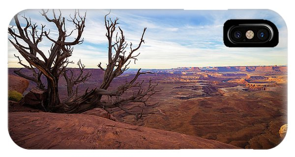 Arches National Park iPhone Case - Green River Overlook by Edgars Erglis