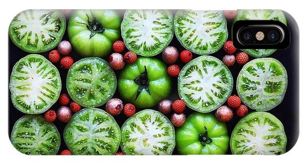 Green Tomato Slice Pattern IPhone Case