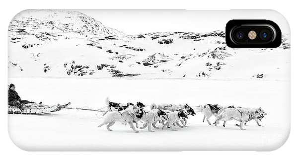 Sled Dog iPhone Case - On The Trail To Home by Janet Burdon