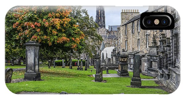 Greyfriars Kirkyard 1562  IPhone Case