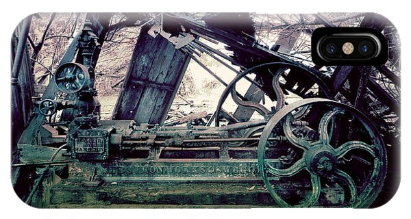 Grunge Steam Engine IPhone Case