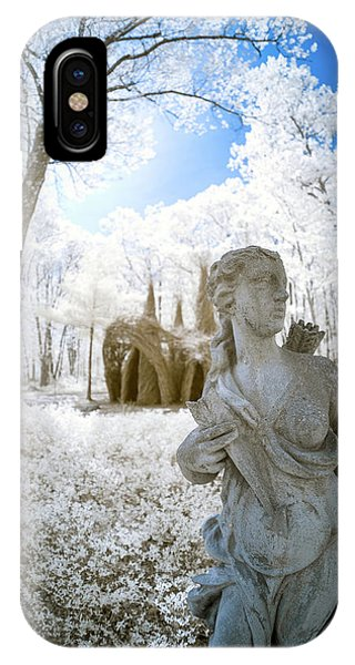 IPhone Case featuring the photograph Guarding The Fort 2 by Brian Hale