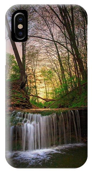Gypsy Glen  Rd Waterfall  IPhone Case