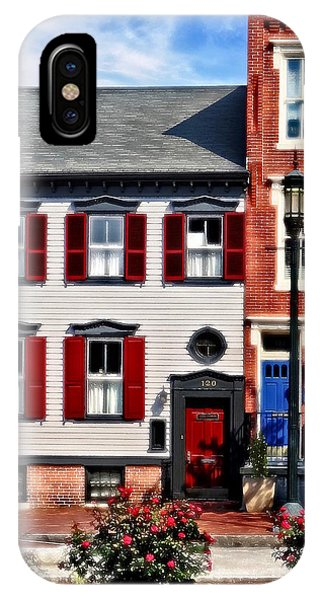 Harrisburg Pa - Roses On State Street IPhone Case