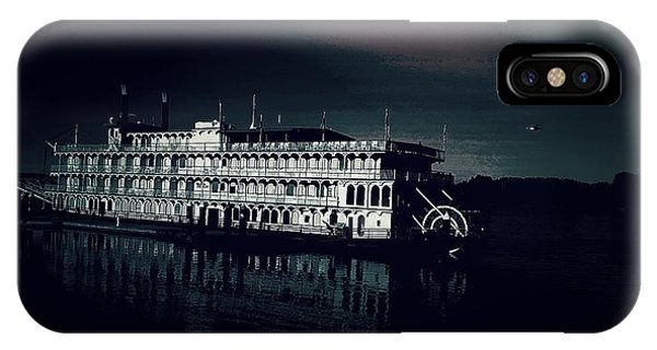 Haunted Dinner Cruise On The Columbia River  IPhone Case
