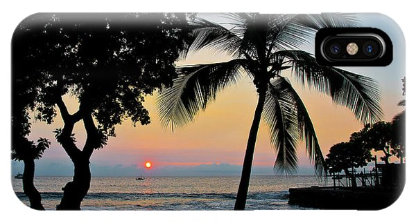 Hawaiian Big Island Sunset  Kailua Kona  Big Island  Hawaii IPhone Case