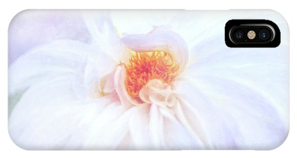 Here Comes The Bride - A Beautiful White Dahlia IPhone Case